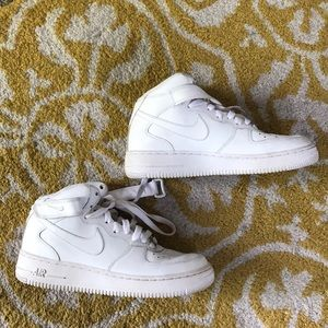 Unisex white Air Force ones
